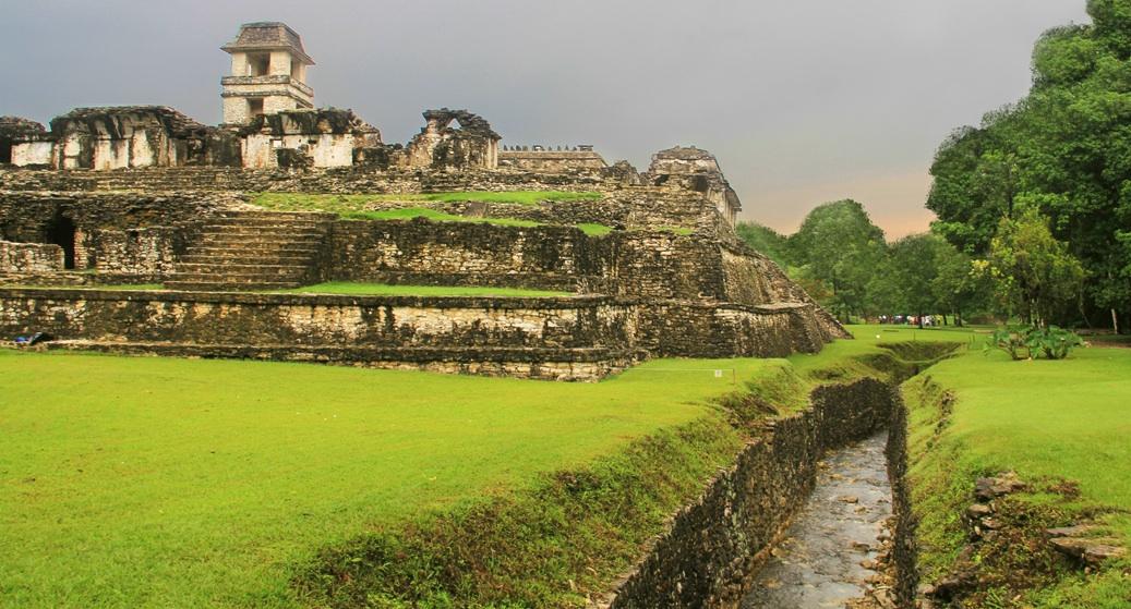 08-MayasMitologia-Acueducto
