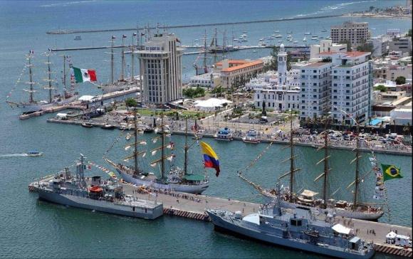 malecon-del-puerto-de-veracruz-mexico