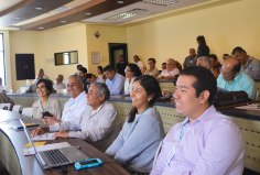 Los asistentes al seminario: Trasvase del Río Pánuco