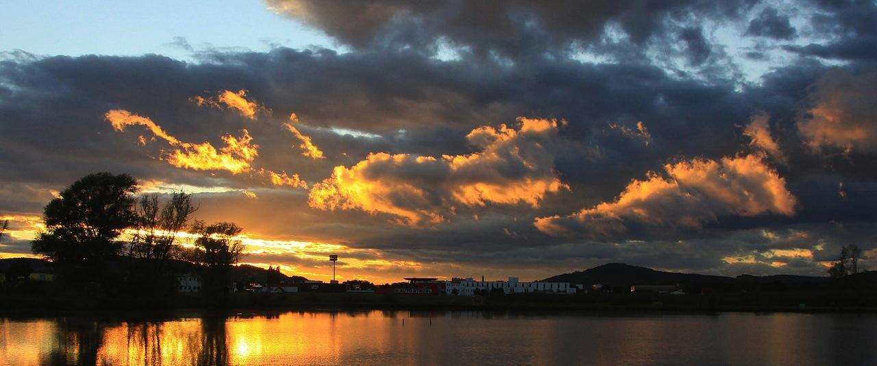 26-EscurrimientoAgua-Lago